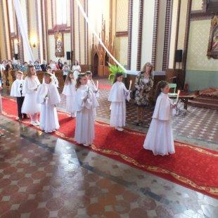 Bērniem 1. Sv. Komūnija Līksnā 25.05.2014.g.