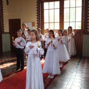 Bērniem 1. Sv. Komūnija Līksnā 2013.g.